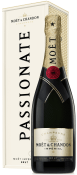 """Moet & Chandon """"Specially Yours"""" (Passionate)"""